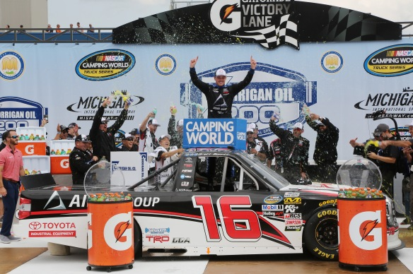 NASCAR Camping World Truck Series Corrigan Oil 200